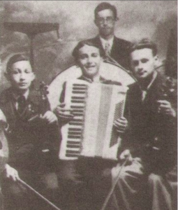 Klezmer musicians in Poland around 1940
